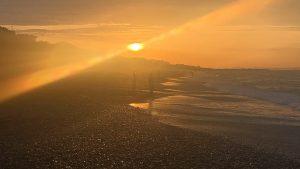 大磯海岸朝日